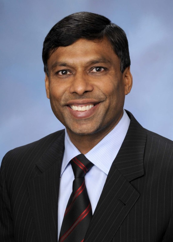 Indian descent entrepreur Naveen Jain\'s company, Moon Explorer, has received approval from the United States government to land a spacecraft on the moon. The craft will explore the moon for minerals that can be mined. (Credit: WikiCommons)