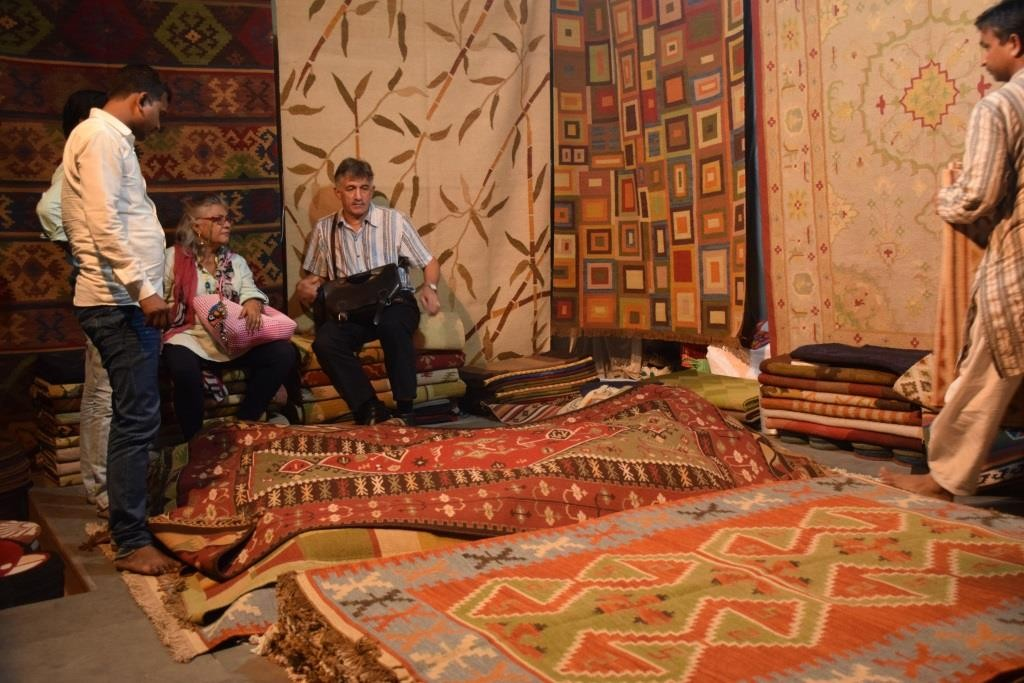 Dastkari Haat Samiti Crafts Bazaar
