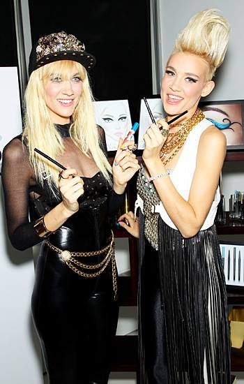 Olivia Nervo and Miriam Nervo Idolas's Photo (Courtesy: Facebook)