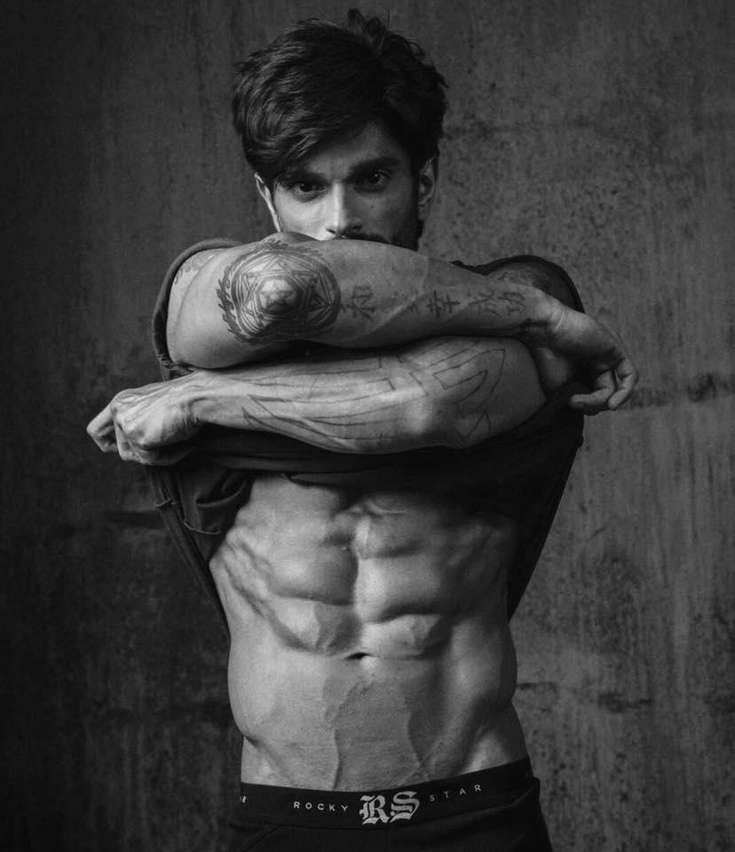 Karan Singh Grover (Photo: Facebook)