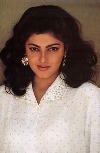 Mamta Kulkarni (Photo courtesy: BollywoodLife.com)
