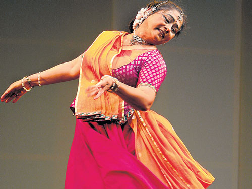 An image of Vaswati Misra during one of her performances