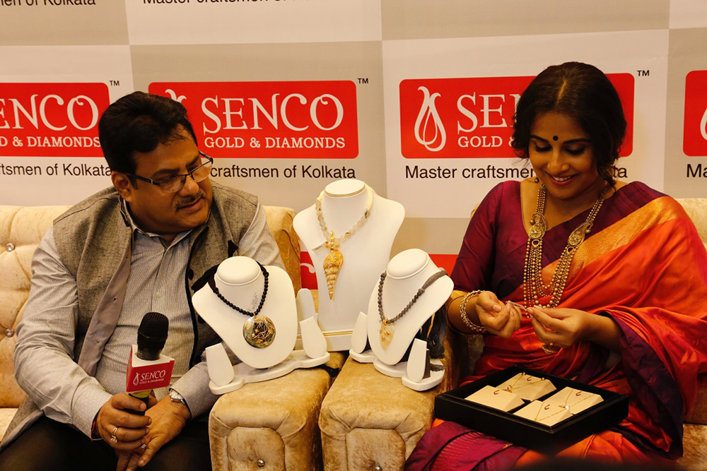 L to R Mr. Sankar Sen, MD with Ms. Vidya Balan, brand ambassador of Senco Gold and Diamonds at the launch of their 77th store in Noida