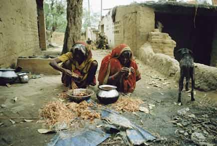 Untouchables in India (Photo courtesy: Iam2)