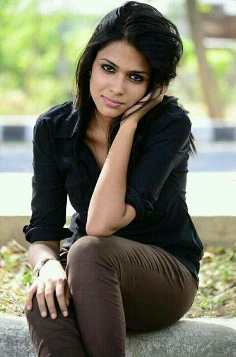 Actress Charvi Saraf