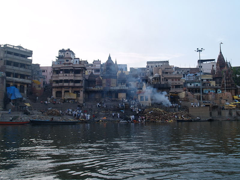 Humans are cremated at Varanasi in Hindu tradition on the bank of Ganges (Photo: Steve Hicks via Wikipedia)