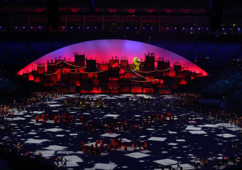 Rio De Janeiro, Aug. 5, 2016 (Xinhua) Photo taken on Aug. 5, 2016 shows the opening ceremony of the 2016 Rio Olympic Games at the Maracana Stadium in Rio de Janeiro, Brazil. (Xinhua/Fei Maohua/IANS)