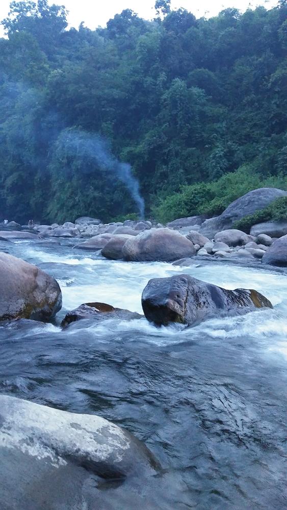 Senki View river