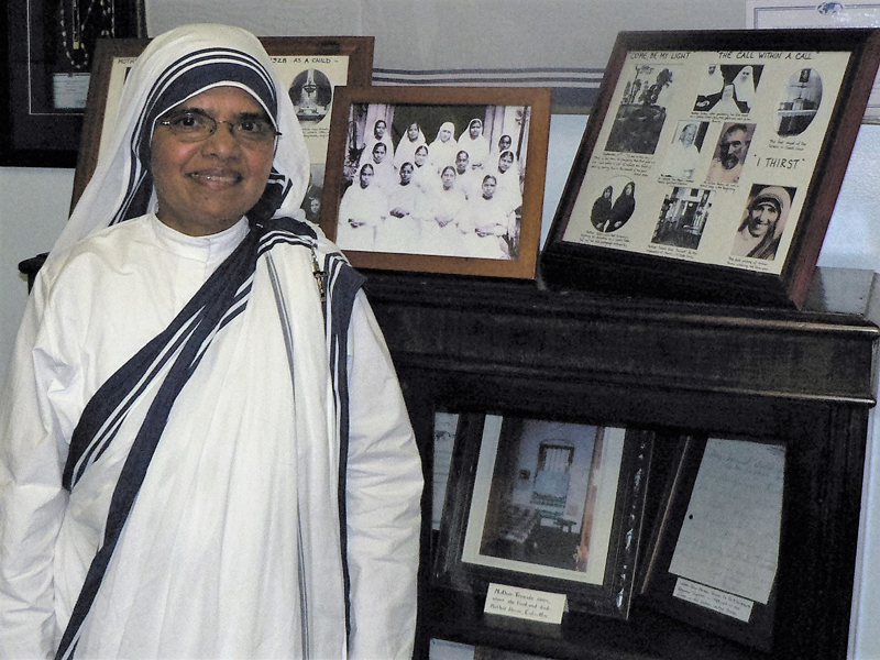 Sister Regipaul, a native of Thrissur in Kerala, heads Mother Teresa\'s Missionaries of Charity convent in New York\'s South Bronx, the poorest area of the United States with a segregated population of African Americans and Latinos. (Photo credit: IANS)