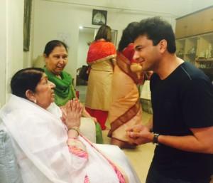 Chef Vikas Khanna and Lata Mangeshkar