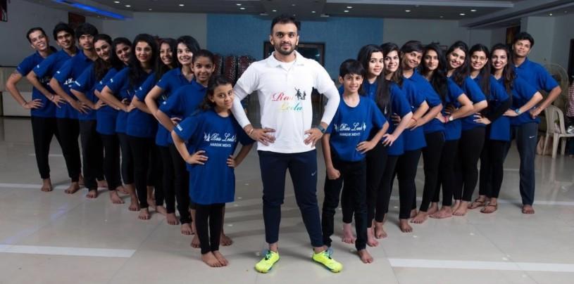 Teacher HARDIK MEHTA with students at Rasleela dancing class in Mumbai