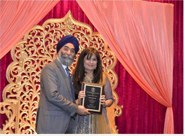 Chief Guest Amar Sawhney with Dr. Manju Sheth