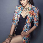 taapsee-pannu-color-s