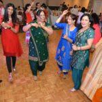 UIA-Holi-dance