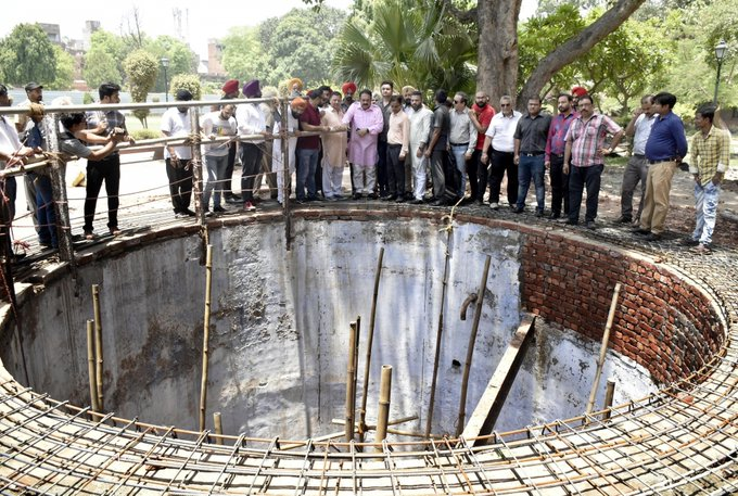 It's emotions that pour out of martyr's well at Jallianwala - INDIA New  England News