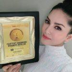 Sunny Leone-Award