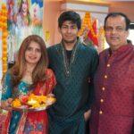 Aditi Soni-Diwali-Family