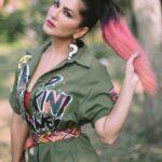 Sunny Leone3